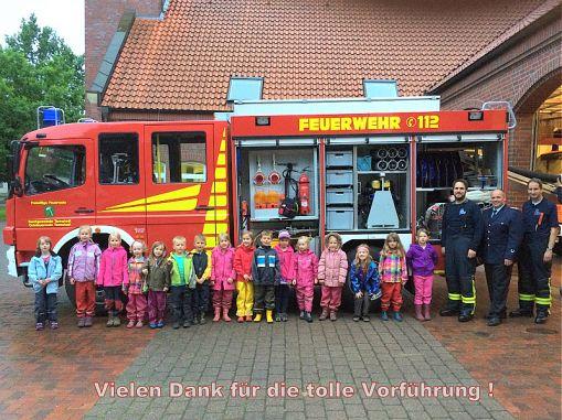 Weiterlesen: Kindergartenkinder erkunden Feuerwehr
